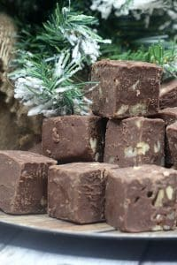 stacked christmas fudge to make with baileys and pecan nuts