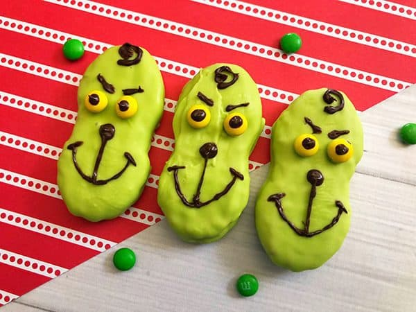 Easy to make Grinch Themed decorated nutter butters for kids