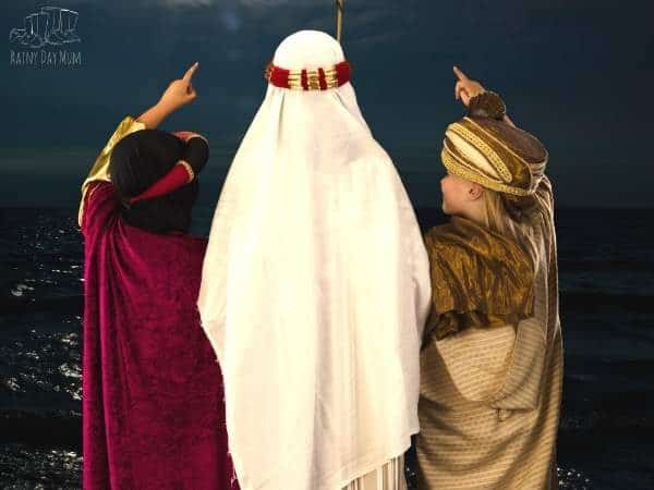 watch a nativity show
