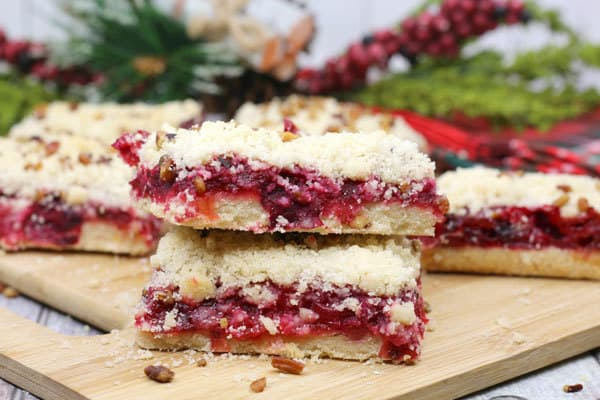 Cranberry Cake Bars with a Crumble Topping