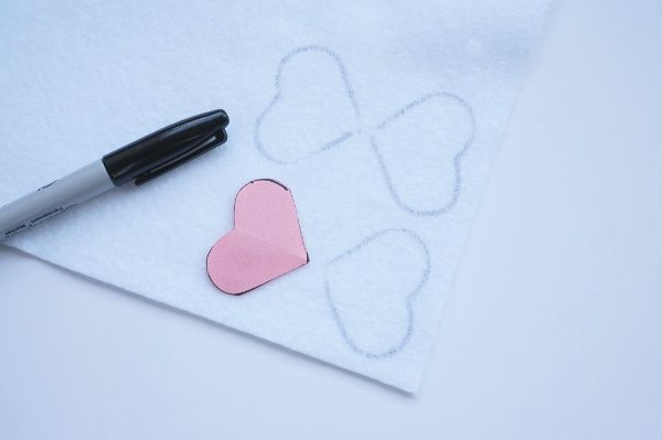 tracing heart on felt