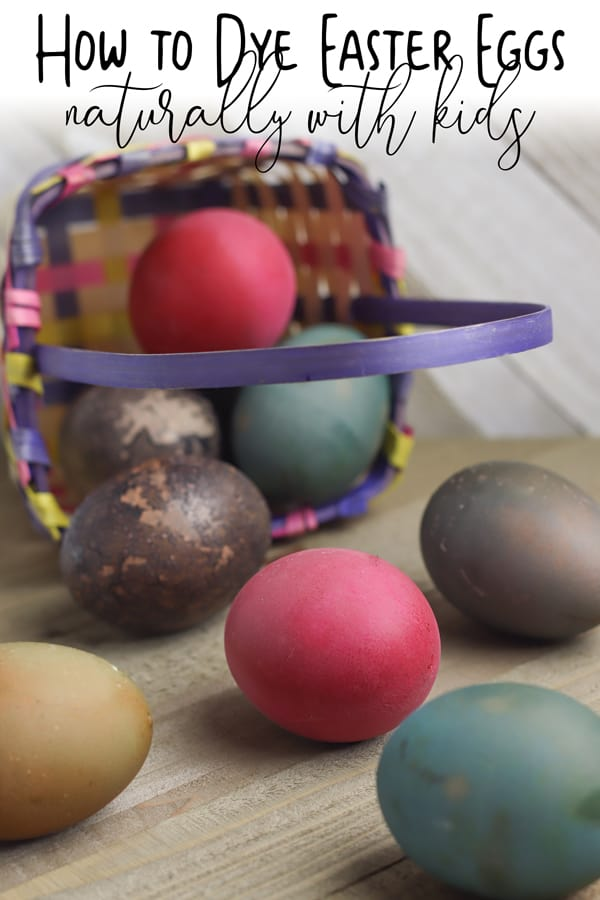 tutorial on how to dye Easter eggs naturally with plants