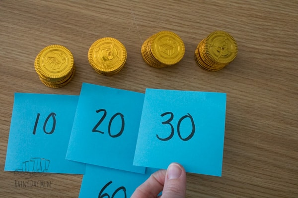 putting number in order from 10 to 40 using gold coins