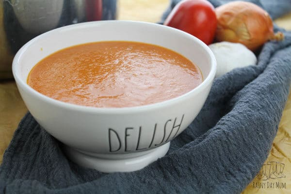 delicious roasted tomato soup