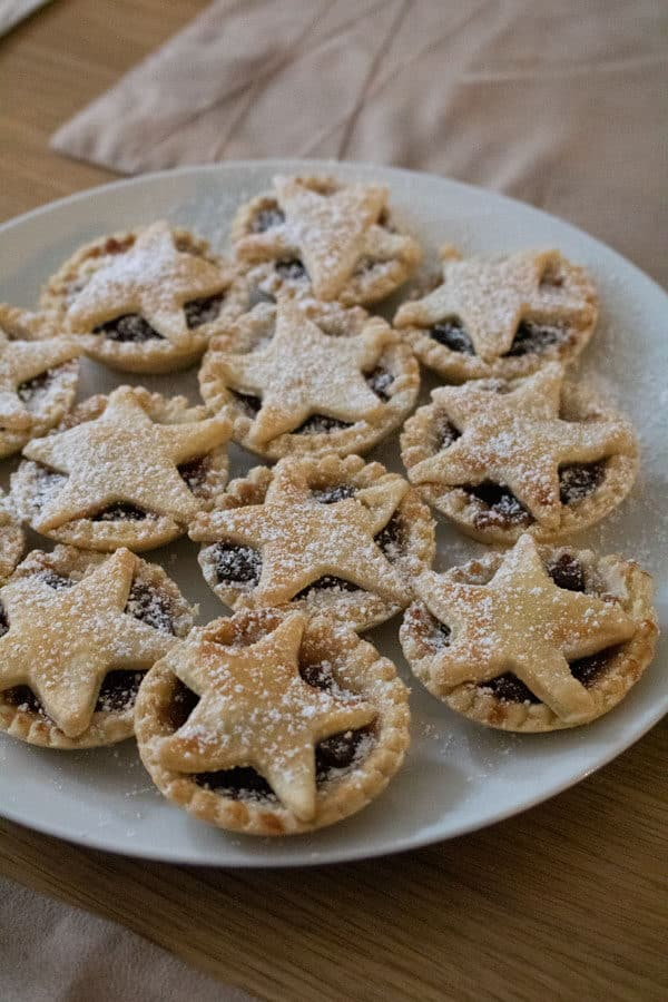 christmas mince pies with star tops to bake with kids