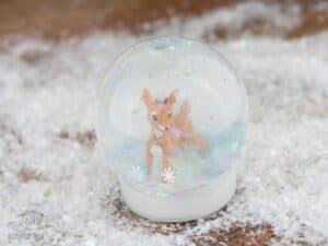 Easy Christmas Craft Idea - DIY Snow Globes for Kids to Make