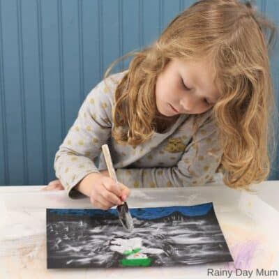 The Snowman Easy Art Project for Kids
