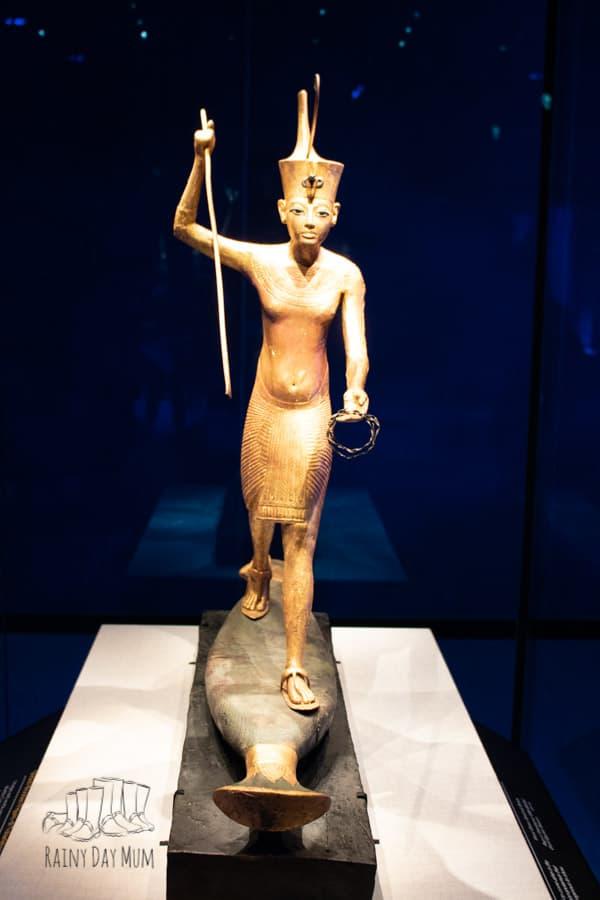 "tutankhamun ""paddleboarding"" in ancient Egypt"