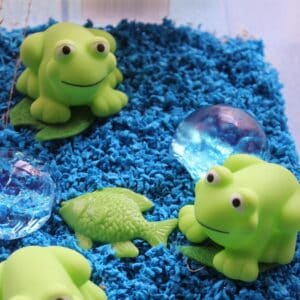 fantastic frog sensory bin for toddlers and preschoolers