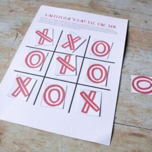 free printable Valentine's Day Tic Tac Toe game to play with toddlers and preschoolers