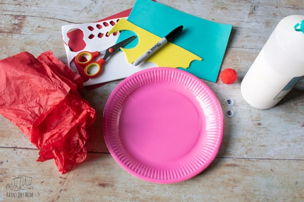 materials for a paper plate craft with toddlers and preschoolers