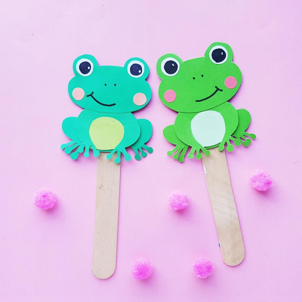 Free Printable Template For Five Little Speckled Frog Paper Puppets