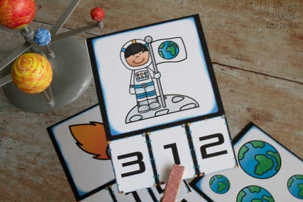 clipping number 1 to match 1 astronaut on the space count card
