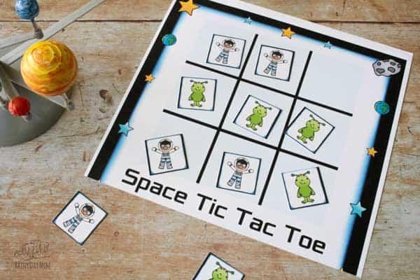 aliens winning a game of space men tic tac toe free printable game
