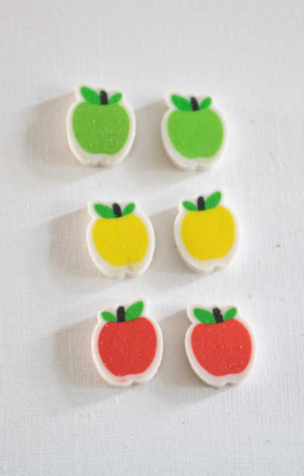 matching apples activity center for tot school, colors of apples of the mini-erasers